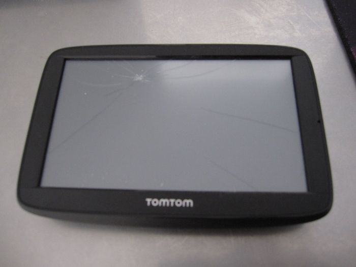 remplacement diy glasse tactile tomtom via 52